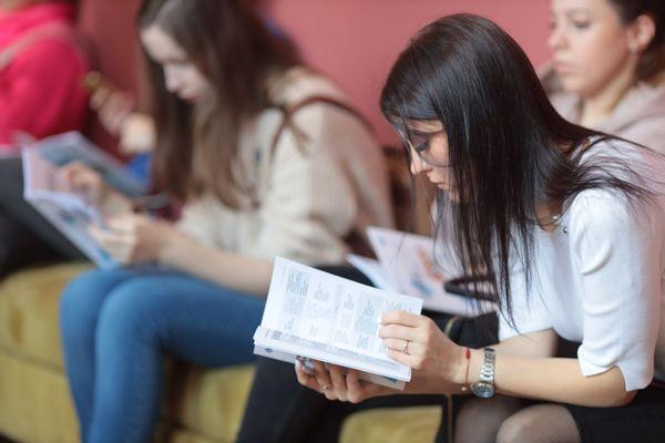 Польша разрешила въезд украинским студентам