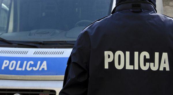 Украинец после двух дней пребывания в Польше нарушил карантин и испортил 7 автомобилей