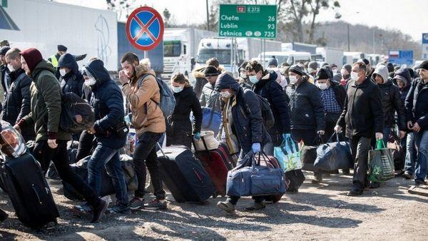 Украинцы возвращаются на работу в Польшу