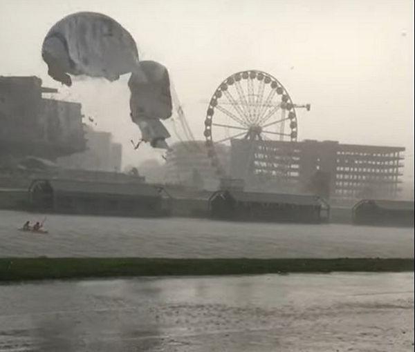 Внезапная буря в Кракове разорвала воздушный шар