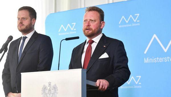 Minister zdrowia Łukasz Szumowski i wiceminister Janusz Cieszyński/Piotr Nowak /PA