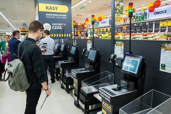 В Польше хотят отменить запрет на торговлю по воскресеньям