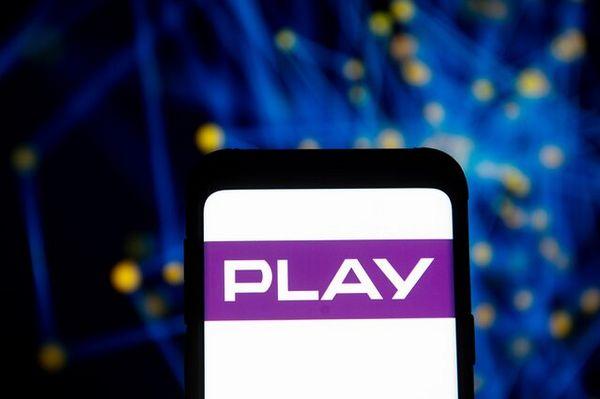 Вторая польская сеть в руках французов.Play приняло предложение