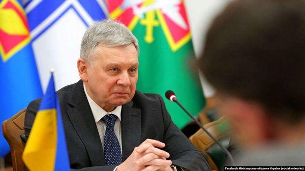 Авиакатастрофа под Харьковом: министр обороны отклонил версию с отказом двигателя