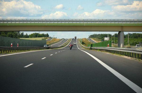 Водители в Польше будут платить больше за проезд автострадой A4