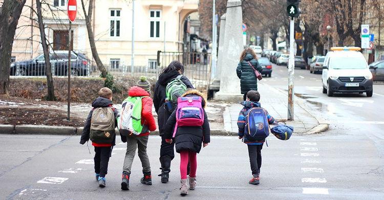 В Польше с 18 января ученики 1-3 классов возвращаются в школы