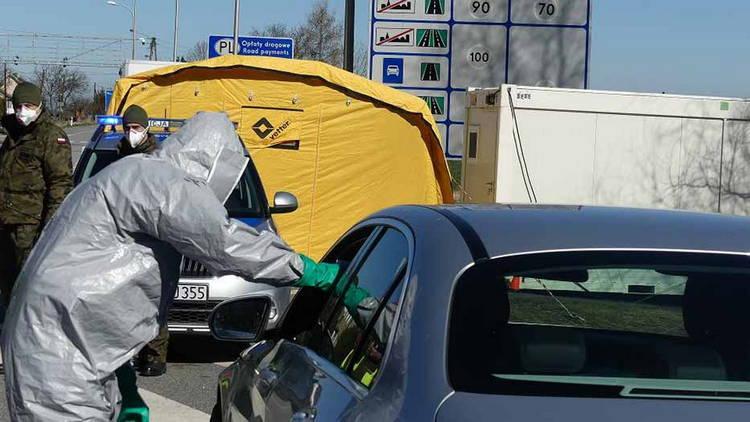В Польше допускают хаос на границе с Чехией из-за непонятных условий въезда