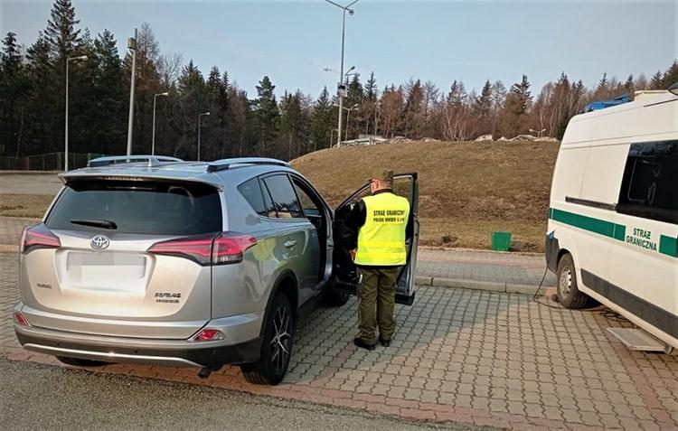Украинец путешествовал по Польше на украденном в Италии автомобиле