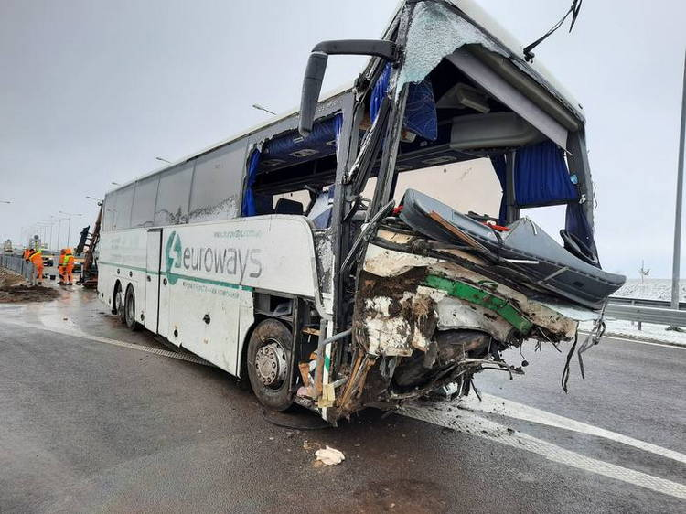 Очередная автокатастрофа украинского автобуса в Польше. Один человек погиб