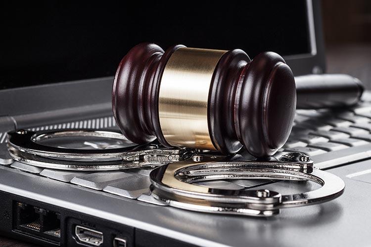 В Польше задержали интернет-мошенников из Украины и Беларуси, украли более 1,5 млн злотых