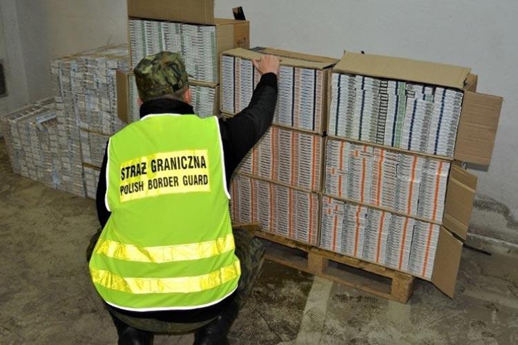 В Польше задержали участников группы, которая занималась контрабандой сигарет из Украины