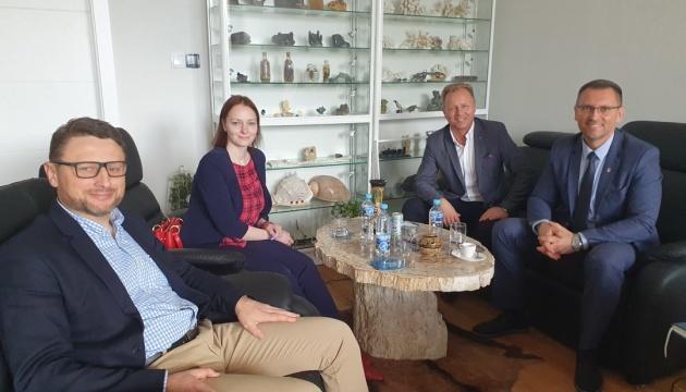 В Кракове обсудили обеспечение потребностей украинских детей и подростков