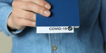 Пятеро граждан Украины предъявили польским пограничникам поддельные сертификаты о вакцинации против COVID-19