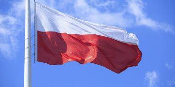 Почти два миллиона украинцев въехали в Польшу в первом полугодии 2021 года