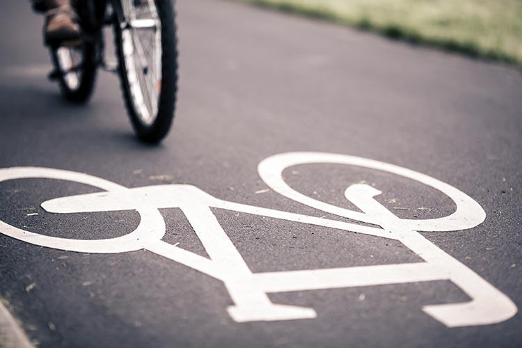 В Польше ужесточили требования к велосипедистам и самокатчикам