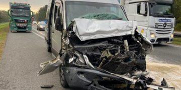 В Польше в ДТП попал микроавтобус с украинцами, есть пострадавшие